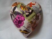 Pure-Ceramic-Decoupage-Heart-Botanica-Regis