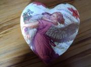 Pure-Ceramic-Decoupage-Heart-Motherly-Love