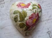 -1-Rose-botanicals-red-rose-Pure-Ceramic-Decoupage-Heart